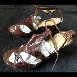 Nine West Snakeskin and Suede Wedges Size 7.5M